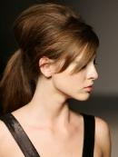Прически на длинные волосы - фото