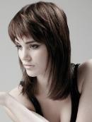 Стрижки на средние волосы - фото