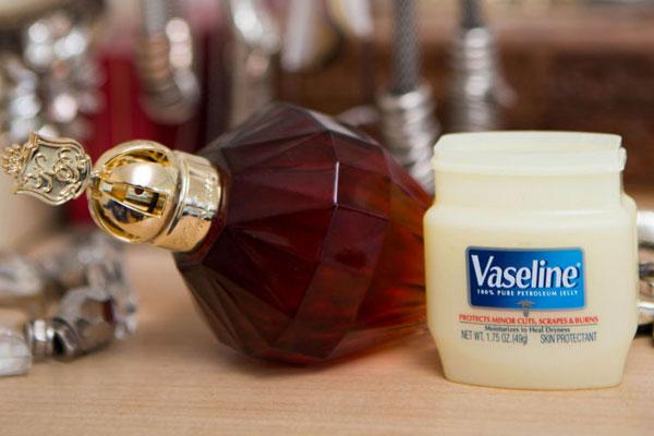 54dc73e9db2a6_-_sev-cosmo-perfume-lgn