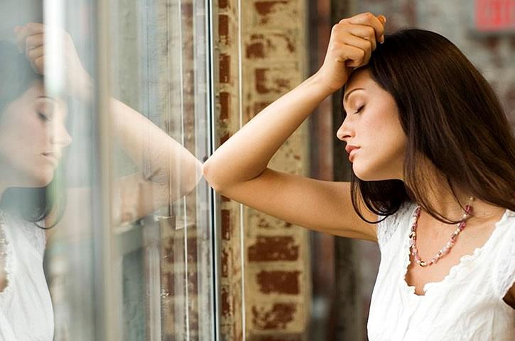 Что делать если муж изменяет и врет а уходить не хочет