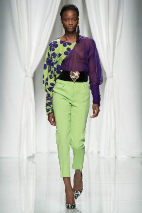 светло-салатовые брюки