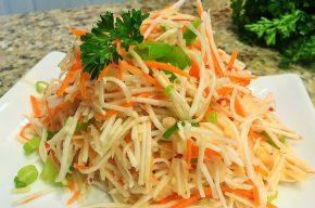 салат с морковью и чесноком