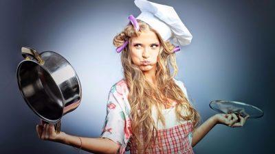 5 способов очистки эмалированной кастрюли