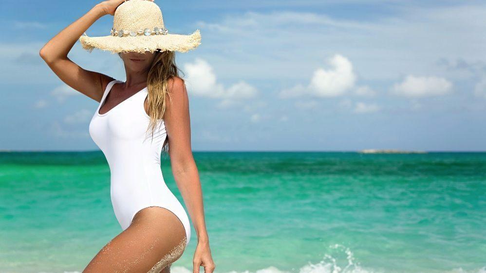 Пляжный сезон: какой купальник сделает фигуру стройной?