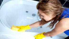 как очистить ванну от желтого налета в домашних условиях